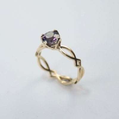 9ct Yellow Gold ring featuring a Round-Cut Purple Spinel. Reference Code:LJ-R369